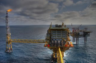 Attention trap: Fraudsters pose as engineers on oil rigs.